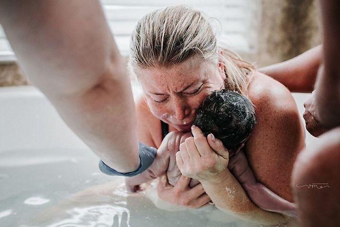 Fotos elocuentes que muestran lo que es ser madre, del concurso de Fotografía de Nacimiento 2017  (Parte 1)